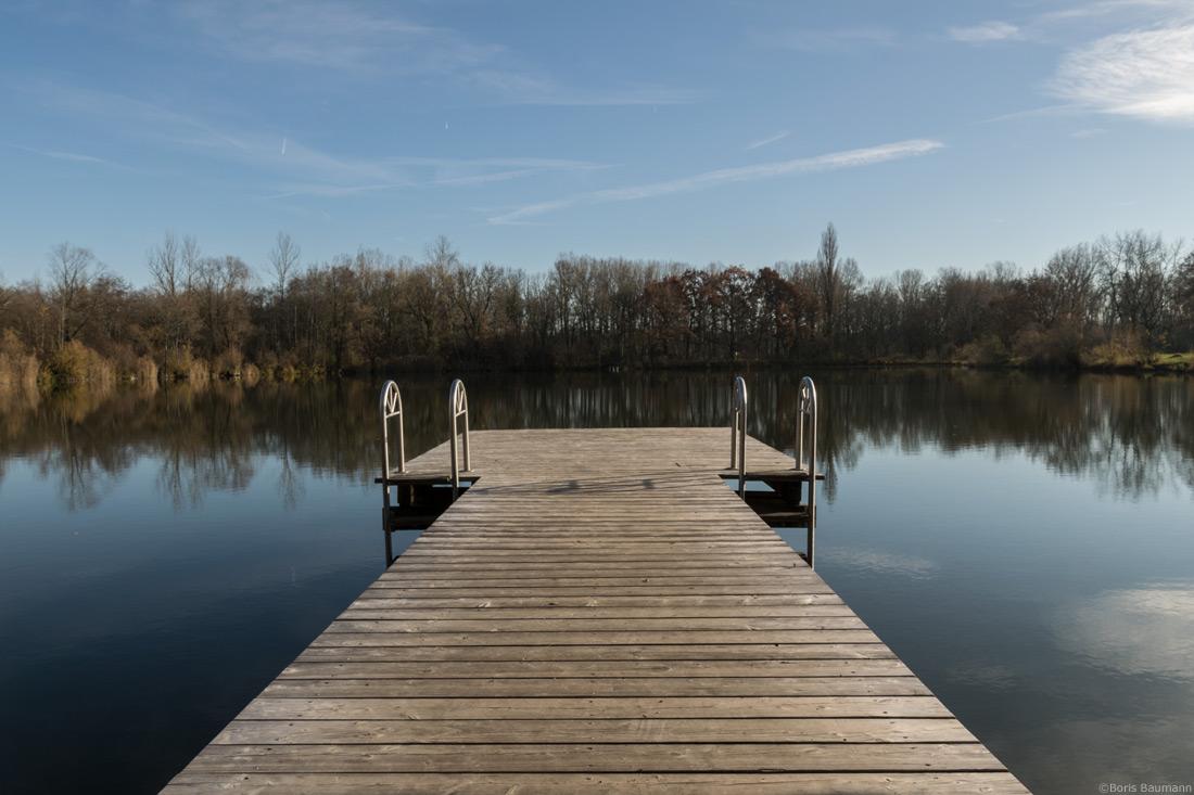 """Heiglweiher Haimhausen, """"Großer Steg"""" am Nordufer"""