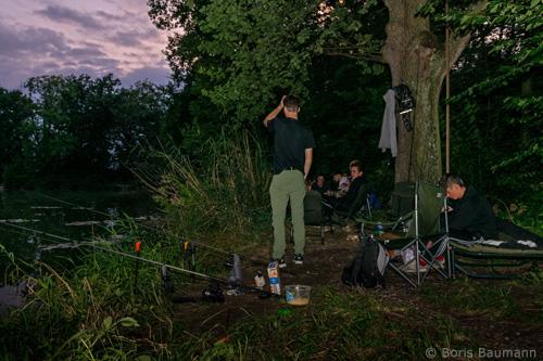 Jugendgruppe: Nachtfischen am Klarlweiher, 2019