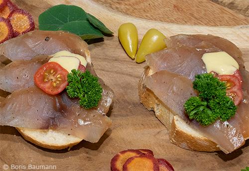 Kalte Brotzeit: Kaltgeräuchertes Karpfenfilet